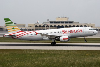 6V-AII - Senegal Airlines Airbus A320