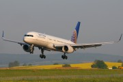 N33103 - United Airlines Boeing 757-200 aircraft