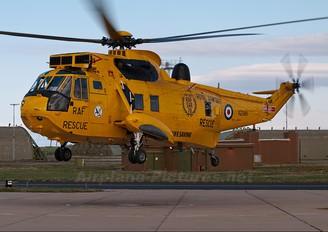 XZ588 - Royal Air Force Westland Sea King HAR.3