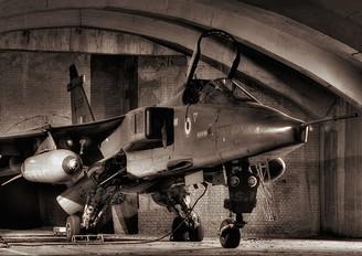 JS198 - India - Air Force Sepecat Jaguar IS