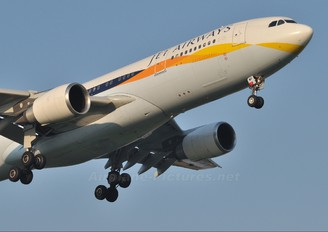 VT-JWP - Jet Airways Airbus A330-200