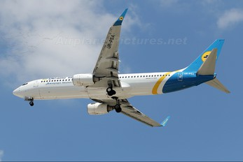 UR-PSA - Ukraine International Airlines Boeing 737-800