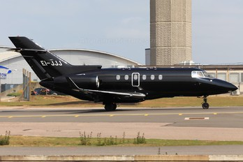EI-JJJ - Private Hawker Beechcraft 900XP