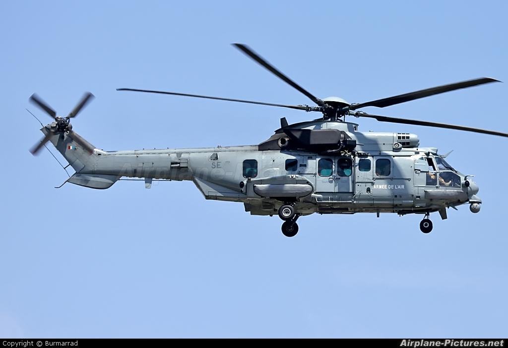 France - Air Force 2552 aircraft at Malta Intl