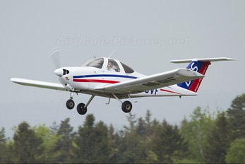 OO-GVF - Belgian Flight School Beechcraft 77 Skipper