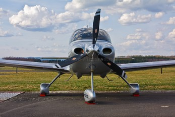 OK-ROK - Private Cirrus SR22