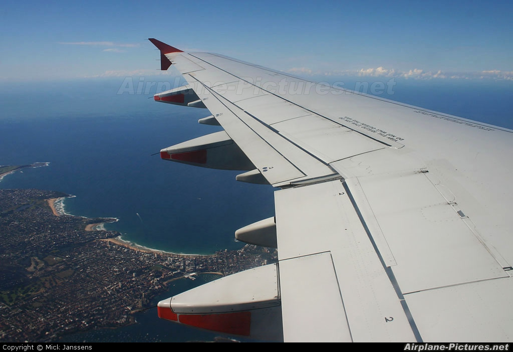 Jetstar Airways VH-VWW aircraft at In Flight - Australia