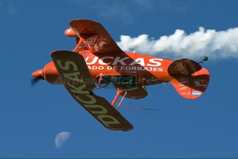 LV-RBW - Private Pitts S-2B Special
