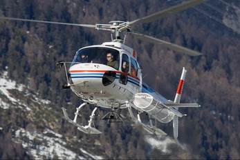 HB-ZLG - Private Aerospatiale AS350 Ecureuil / Squirrel