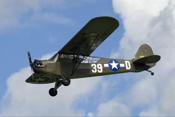 OM-MO39 - Private Piper L-4 Cub