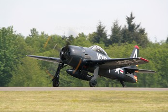 NX800H - Private Grumman F8F Bearcat
