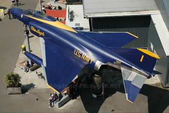 63-7423 - USA - Navy : Blue Angels McDonnell Douglas F-4C Phantom II