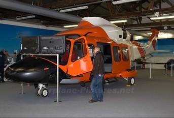 - - Simulator Agusta Westland AW139