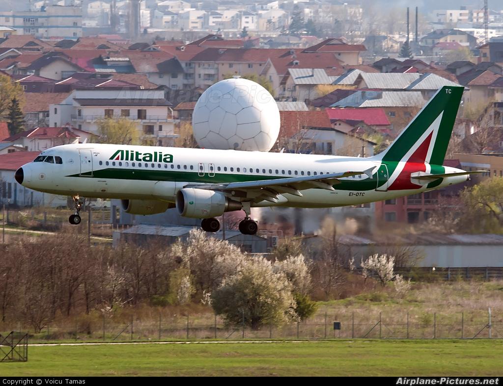 Alitalia EI-DTC aircraft at Bucharest - Henri Coandă