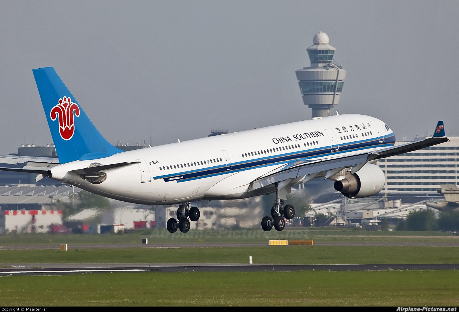 China Southern Airlines B-6515 aircraft at Amsterdam - Schiphol
