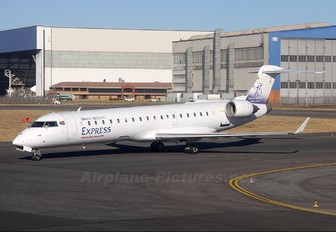 ZS-NLV - South African Express Canadair CL-600 CRJ-700