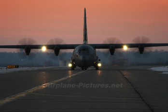 87-1351 - USA - Air National Guard Lockheed C-130J Hercules