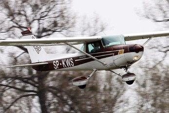 SP-KWS - Private Cessna 152