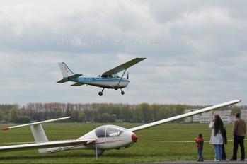 SP-TZI - Private Cessna 172 Skyhawk (all models except RG)