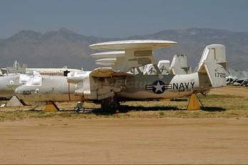 151720 - USA - Navy Grumman E-2B Hawkeye