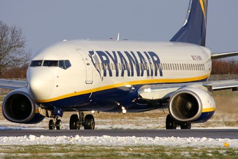EI-DWO - Ryanair Boeing 737-800