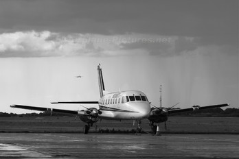G-TABS - Skydrift Embraer EMB-110 Bandeirante