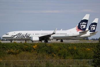 N597AS - Alaska Airlines Boeing 737-800