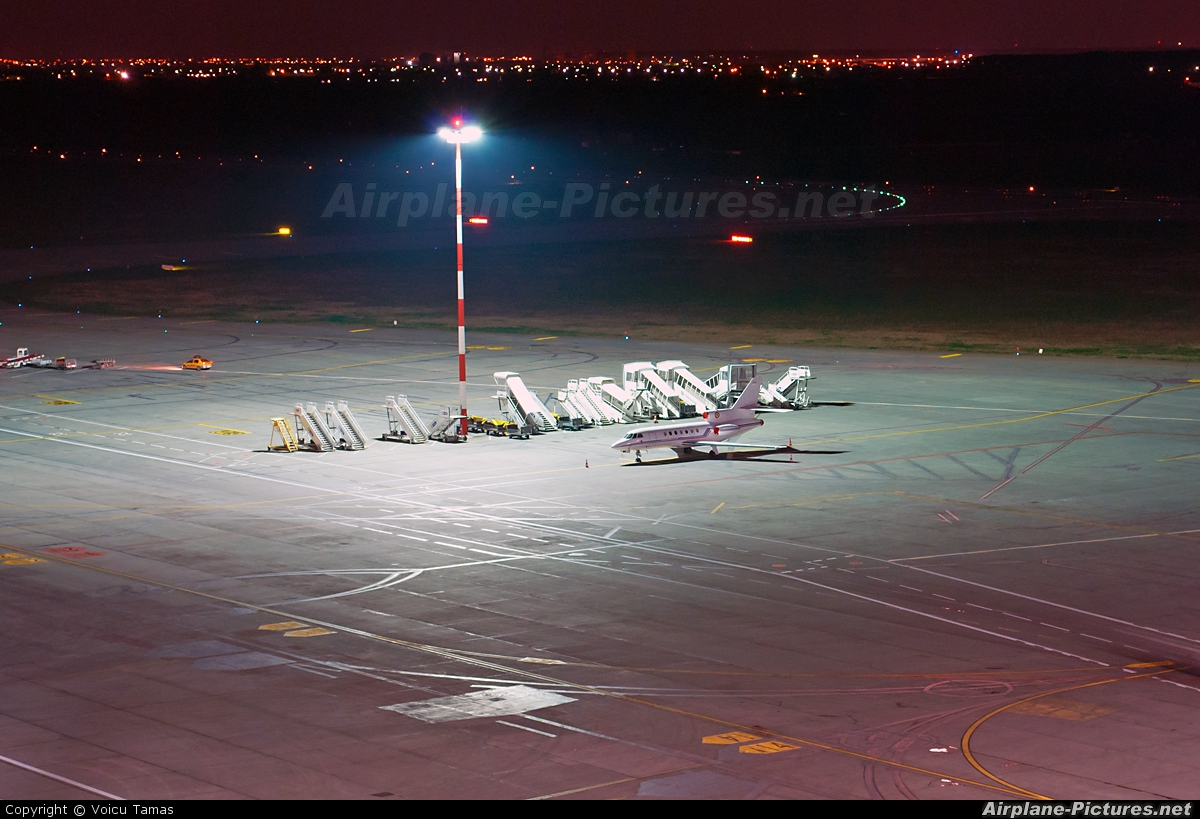 - Airport Overview - aircraft at Bucharest - Henri Coandă