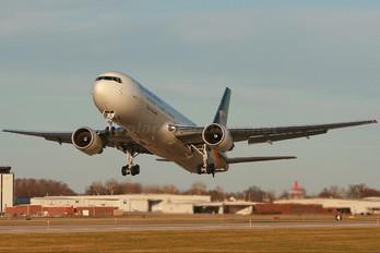 335UP - UPS - United Parcel Service Boeing 767-300F