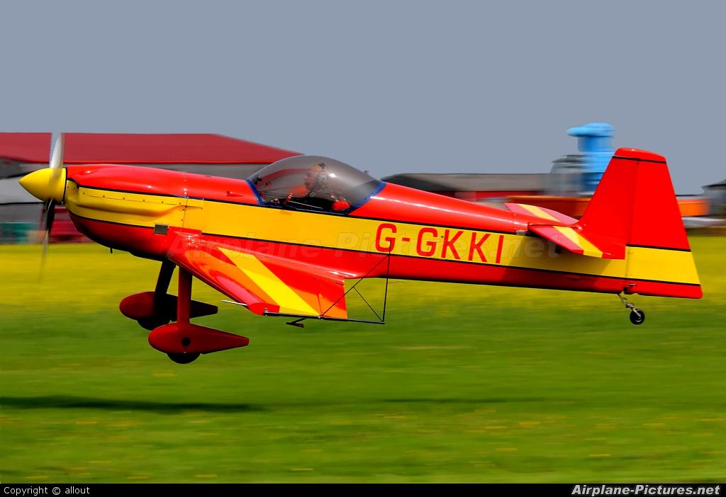 Private G-GKKI aircraft at Breighton