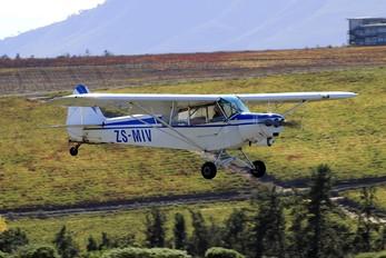 ZS-MIV - Private Piper J3 Cub