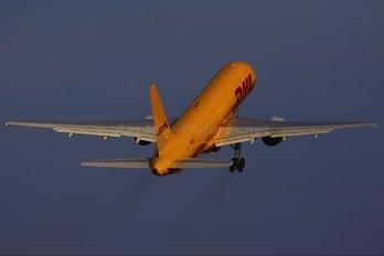 G-BMRE - DHL Cargo Boeing 757-200F