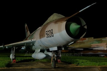 5608 - Czechoslovak - Air Force Sukhoi Su-7BM