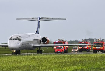 OY-KHG - SAS - Scandinavian Airlines McDonnell Douglas MD-82