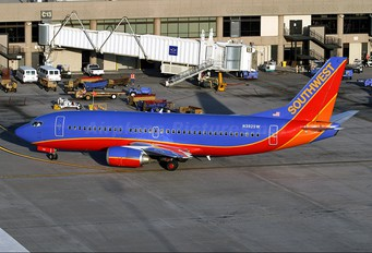 N392SW - Southwest Airlines Boeing 737-300