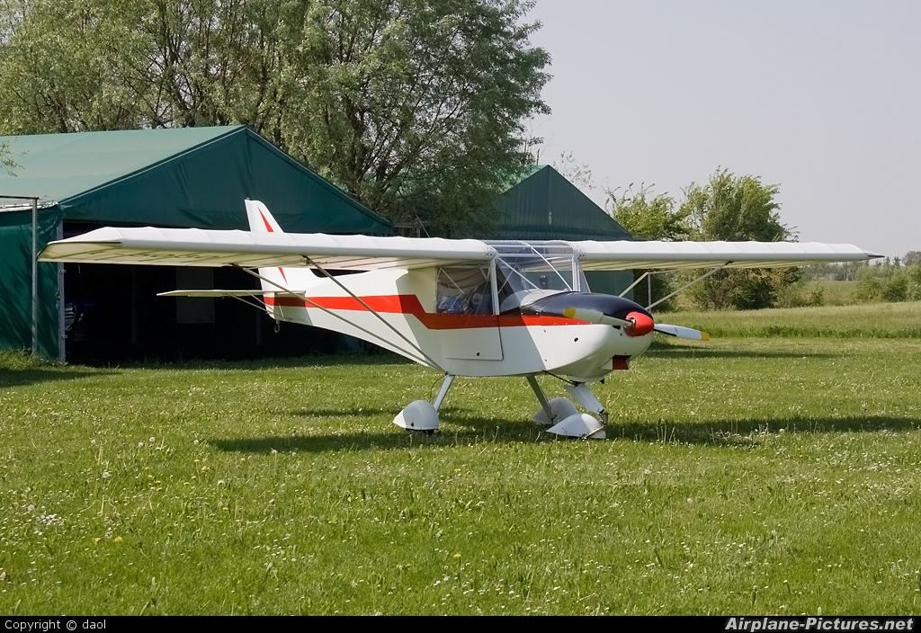 Private I-5030 aircraft at Aquile Randagie Nogara (Verona)