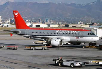 N320NB - Northwest Airlines Airbus A319