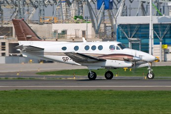 SP-MMS - Private Beechcraft 90 King Air