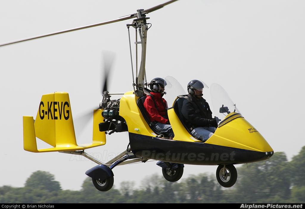 Private G-KEVG aircraft at Popham