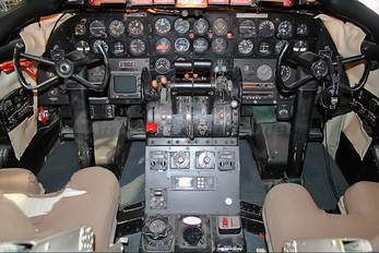 N145S - Airline History Museum Martin 404
