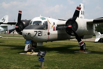 144721 - USA - Navy Grumman S-2 Tracker