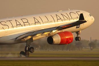 SE-REF - SAS - Scandinavian Airlines Airbus A330-300