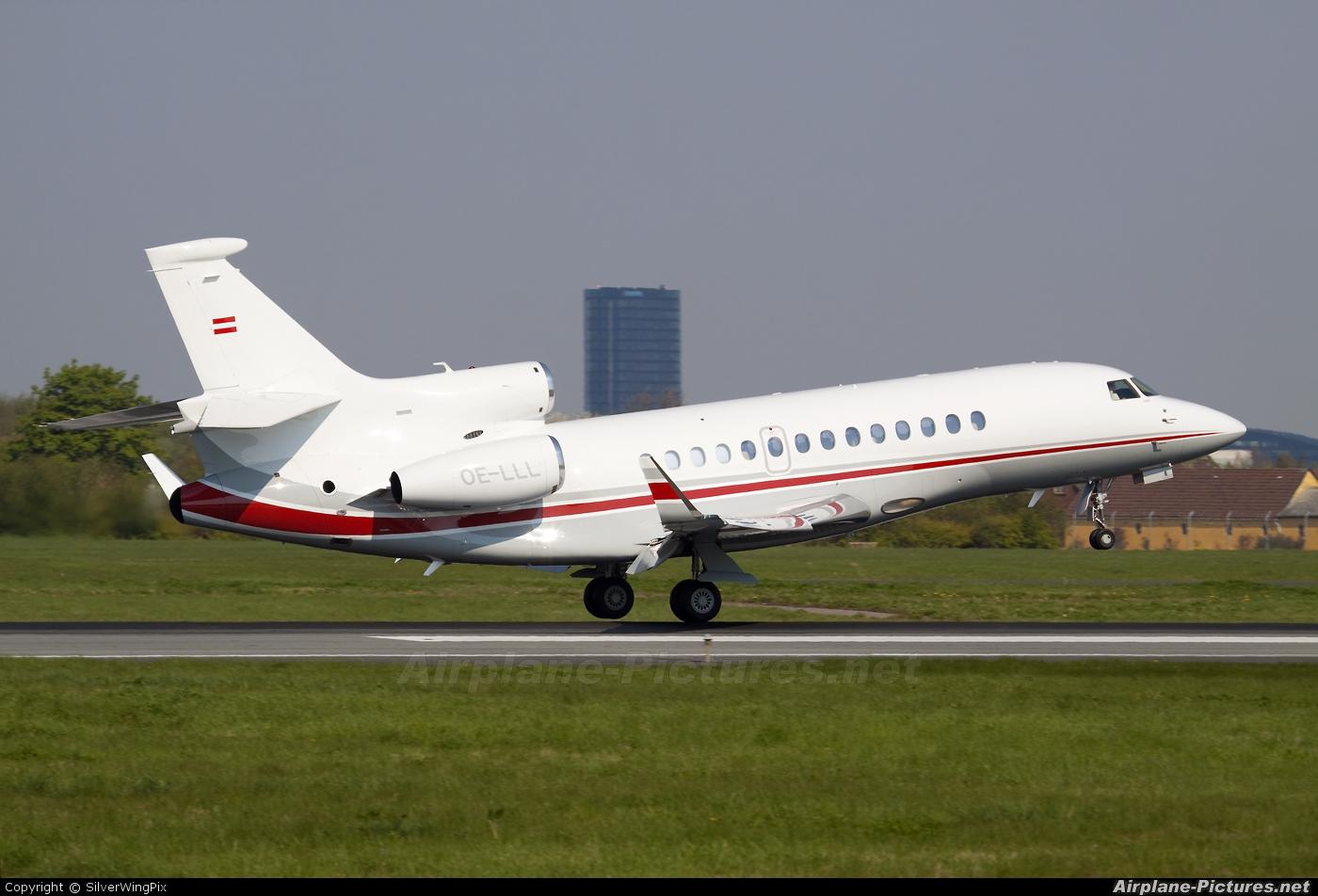International Jet Management OE-LLL aircraft at Copenhagen Kastrup