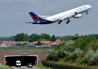 OO-SFN - Brussels Airlines Airbus A330-300