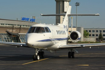 OM-USS - Private Hawker Beechcraft 900XP