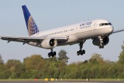 N19117 - United Airlines Boeing 757-200 aircraft