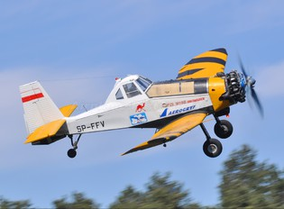 SP-FFV - Aerogryf PZL M-18 Dromader