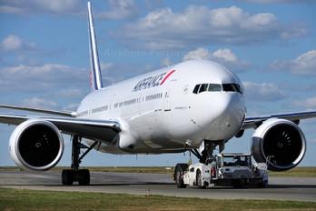 F-GZNK - Air France Boeing 777-300ER
