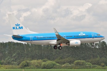 PH-BGL - KLM Boeing 737-700