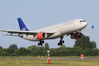 SE-REE - SAS - Scandinavian Airlines Airbus A330-300